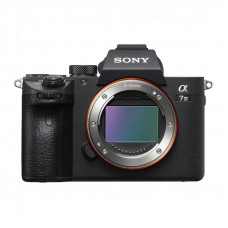 Цифровая фотокамера Sony Alpha ILCE-7M3 Body, арт.ILCE7M3B.CEC